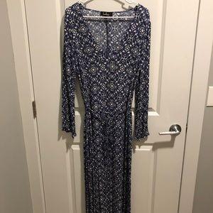 Lulus Long Sleeve Pattered Maxi Dress w/ Slits